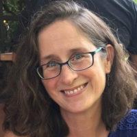 Sally-Thomas-bio-photo